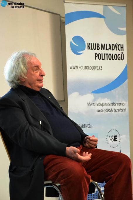 Antonio Ferrari all'Università VSE di Praga il 12 Marzo