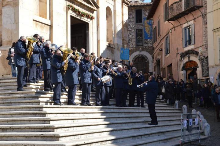 L'apertura della cerimonia di inaugurazione