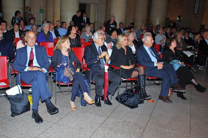 Il pubblico del Tempio di Adriano