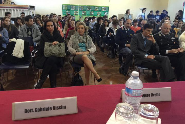 Pubblico al discorso di presentazione durante il quale è intervenuto Gabriele Nissim, Presidente di Gariwo