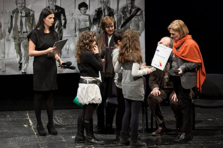 Franca Schiavon premia i ragazzi dell'Istituto di Via Pareto