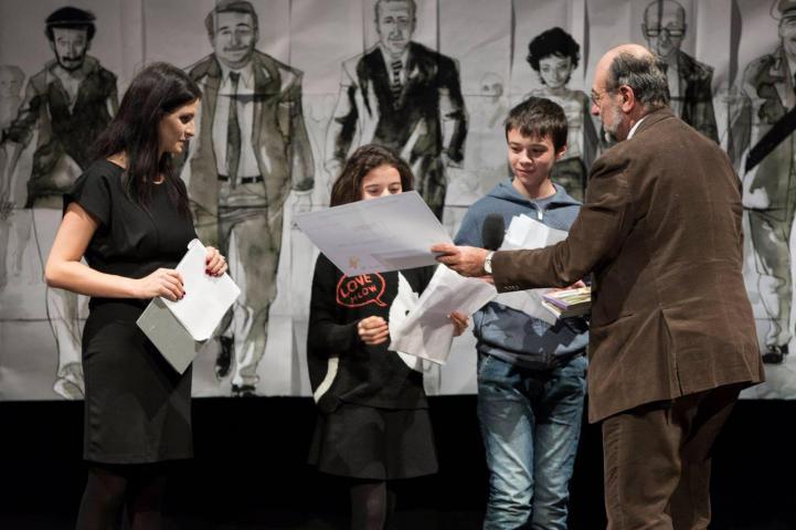 Giorgio Mortara premia gli studenti dell'Istituto di Via Linneo