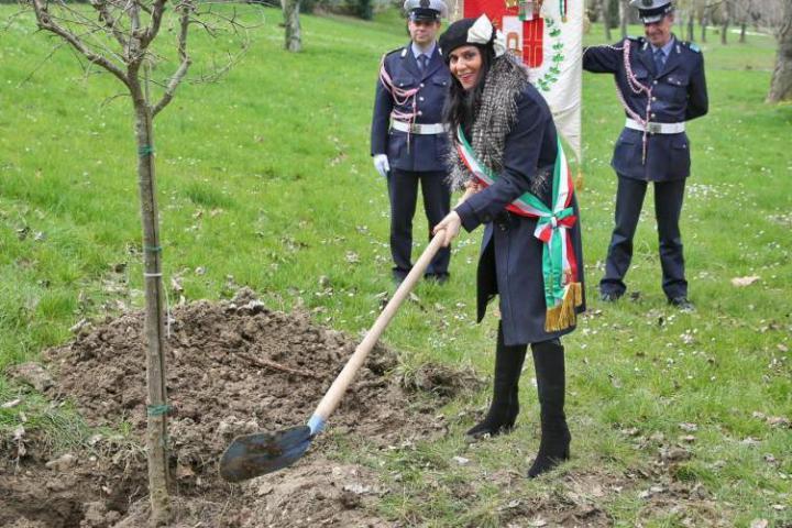 Dedica di un albero e un cippo a Khaled al-Asaad al Giardino dei Giusti di Rimini