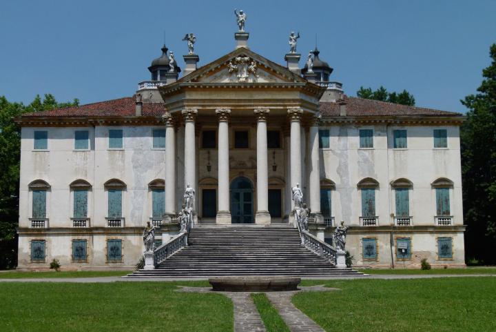 Villa Giovannelli, a Noventa Padovana (PD), dimora della signora De Benedetti