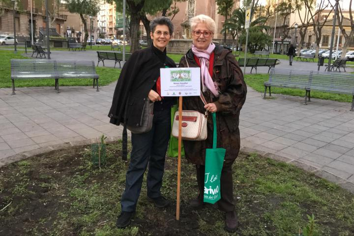 La prof. Pina Arena con Ulianova Radice, direttore di Gariwo
