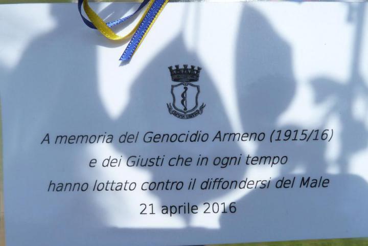 L'albero è dedicato al genocidio armeno del 1915