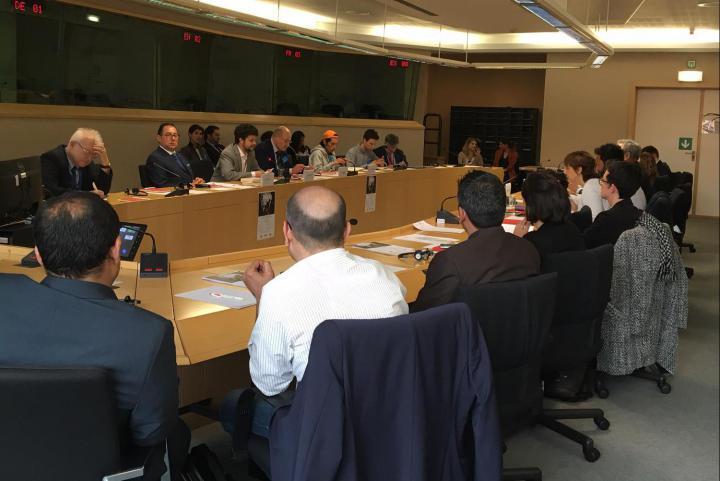 Il tavolo della conferenza, con Gianni Pittella, Brando Benifei e Gabriele Nissim