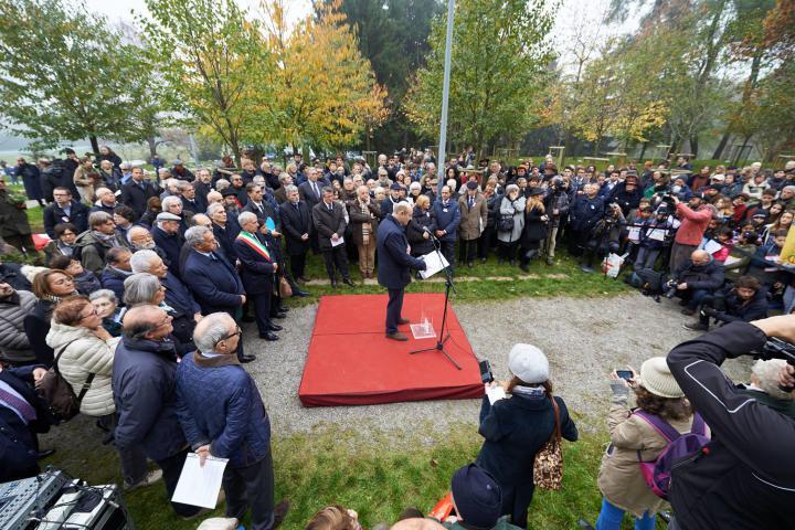 "La cerimonia del 18 novembre 2015 in onore del ""custode"" di Palmira Khaled al-Asaad"