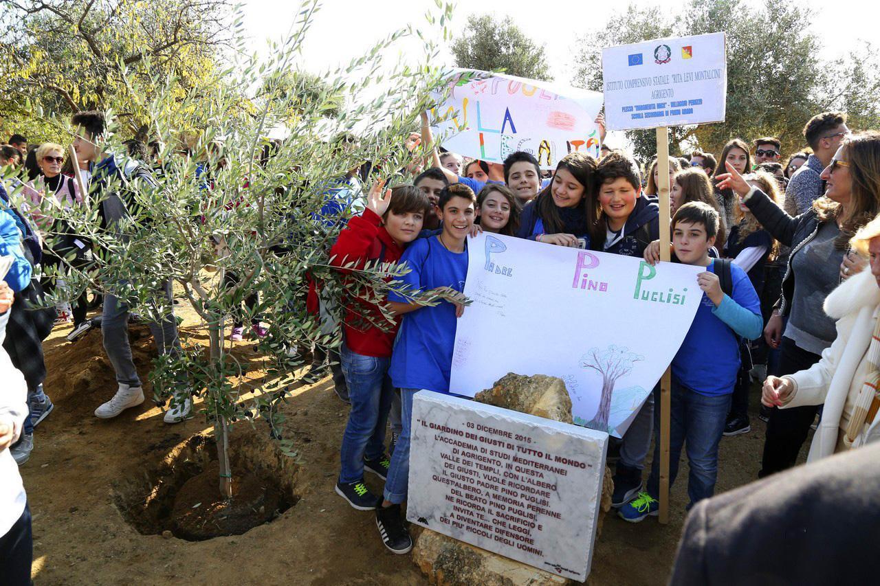 2015 - Nasce il Giardino dei Giusti di Agrigento