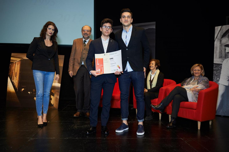 3° premio ex aequo, 3A e 4B scuola B.Cellini di Valenza (AL)