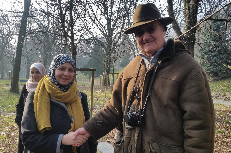 Sumaya Abdel Qader, consigliera comunale di Milano, insieme a Gabriele Nissim