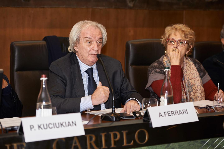 Modera la sessione Antonio Ferrari, editorialista del Corriere della Sera