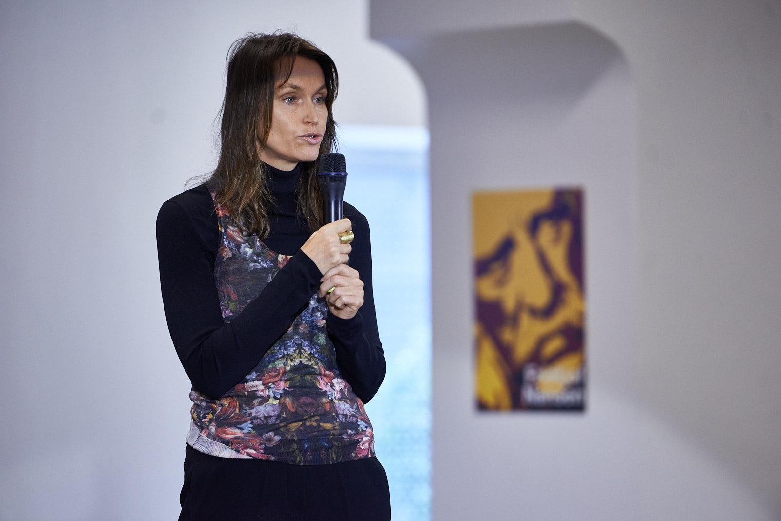 l'intervento di Anne de Carbuccia, artista ambientale, protagonista e autrice del documentario One Ocean