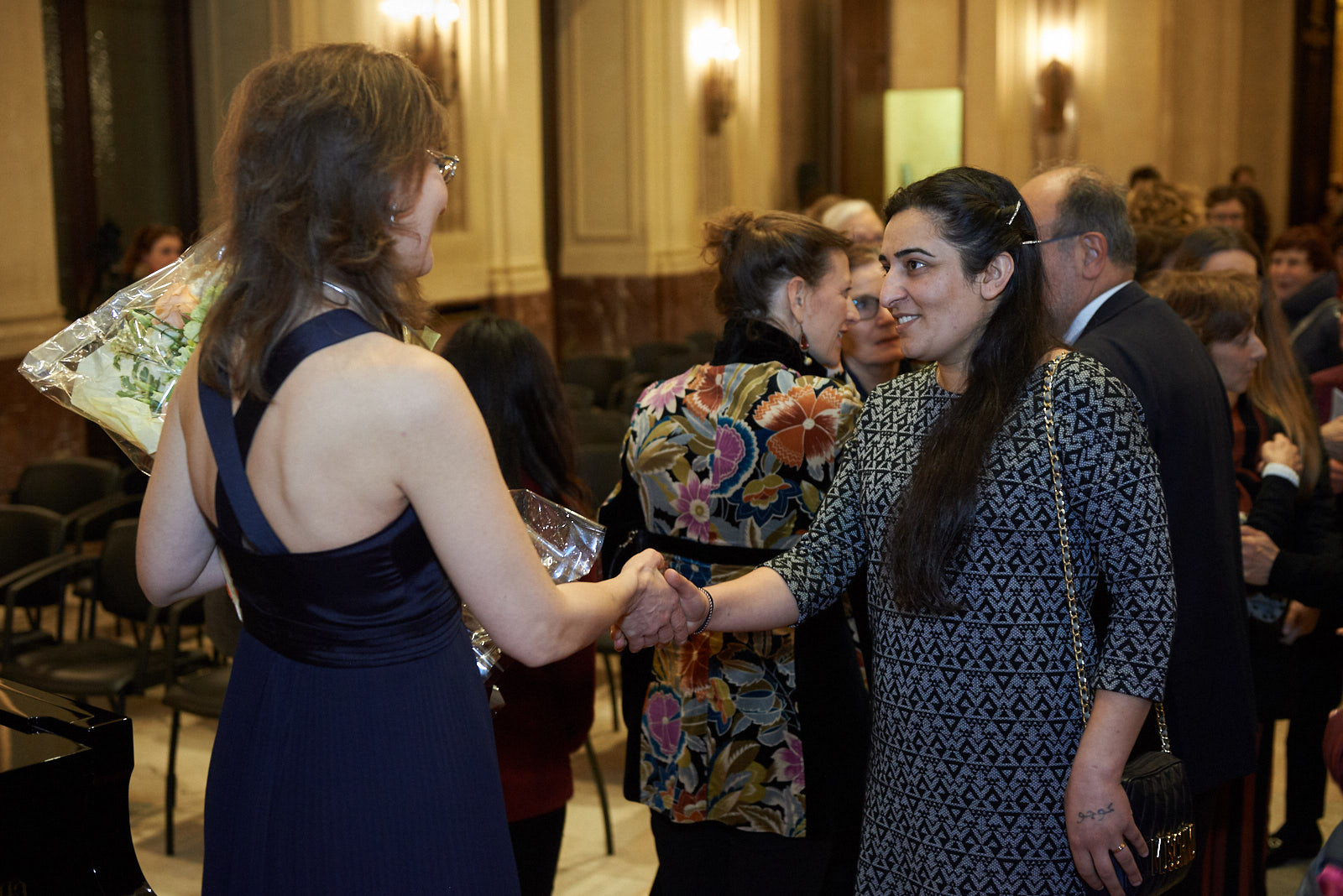 Farida Abbas con Ani Martirosyan