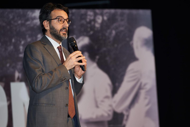 I saluti di Lamberto Bertolé, Presidente del Consiglio comunale di Milano.