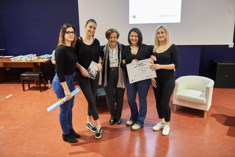 Anna Maria Samuelli premia la V A ottici dell'IPIA Plana di Torino