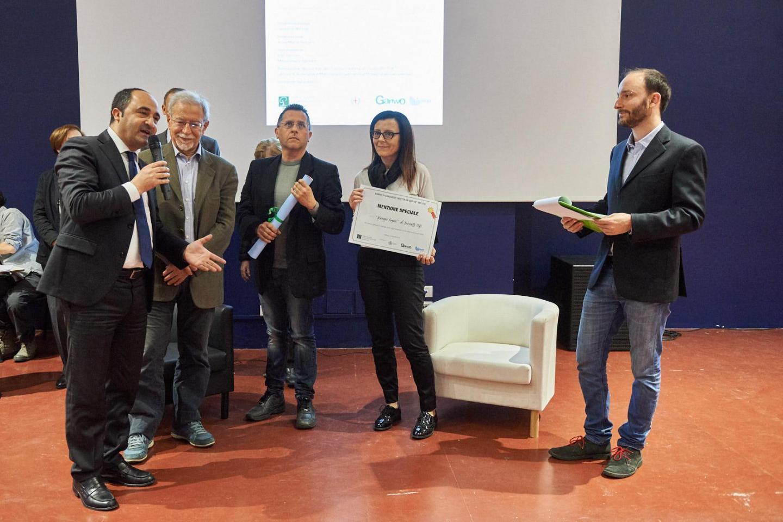 L'Assessore Giorgio Scarso, a Milano appositamente per portare l'adesione del Comune di Pozzallo