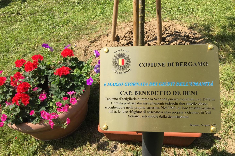 targa per il Capitano Benedetto De Beni