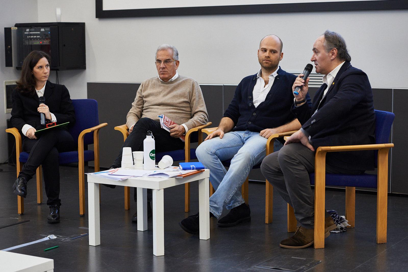 """Massimiliano Castellani, giornalista e autore del libro """"Un calcio al razzismo. 20 lezioni contro l'odio"""" (Giuntina)"""