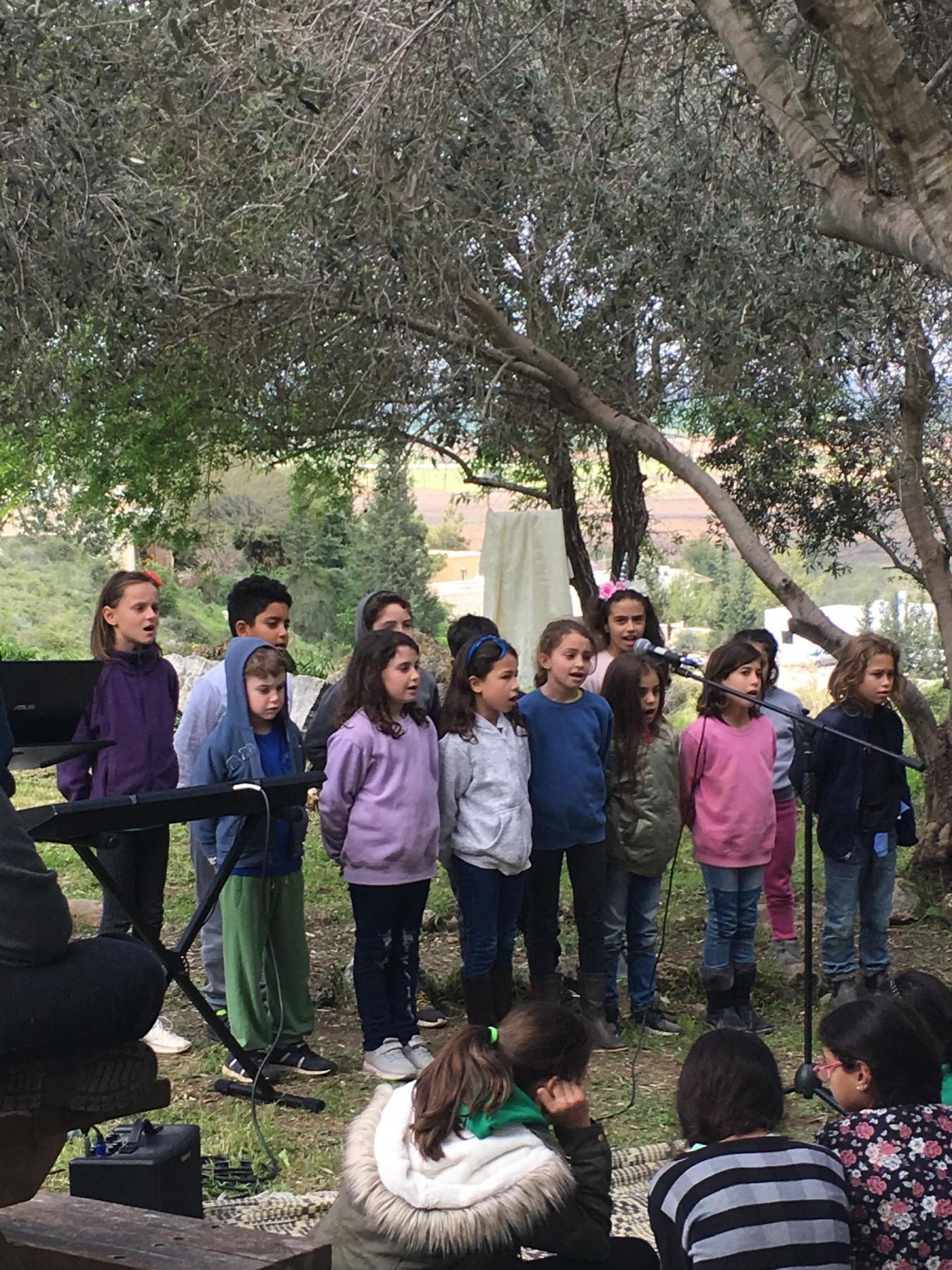 I canti dei bambini del villaggio
