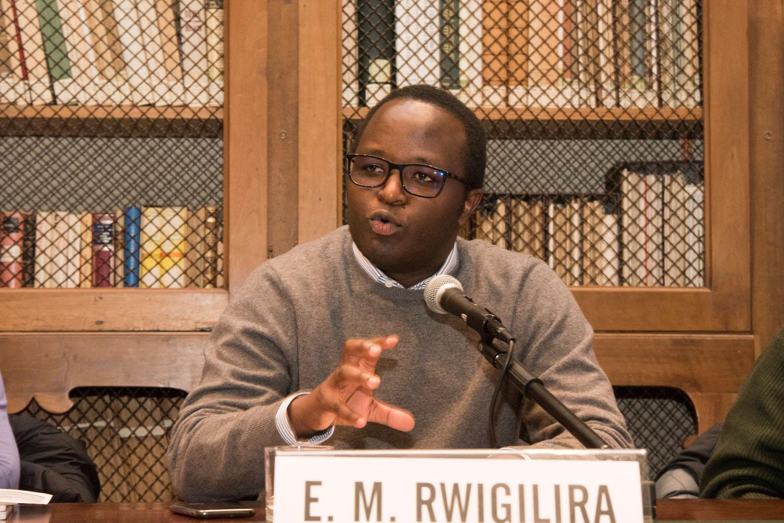 Eugène Muhire Rwigilira ricorda i Giusti del genocidio del Ruanda
