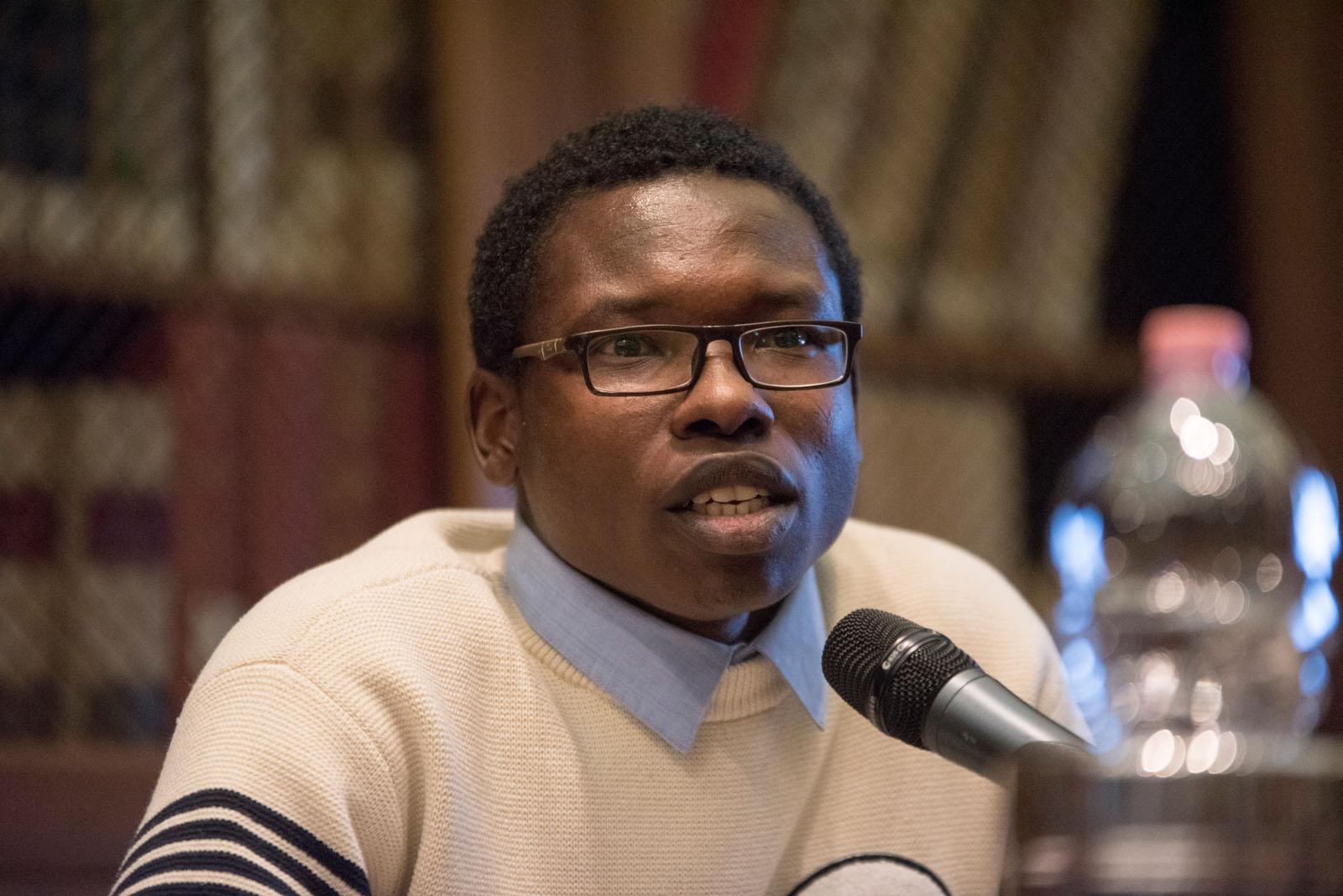 Abbas Ismail Mohamed, dal Sudan, profugo attraverso la Libia e il Mediterraneo