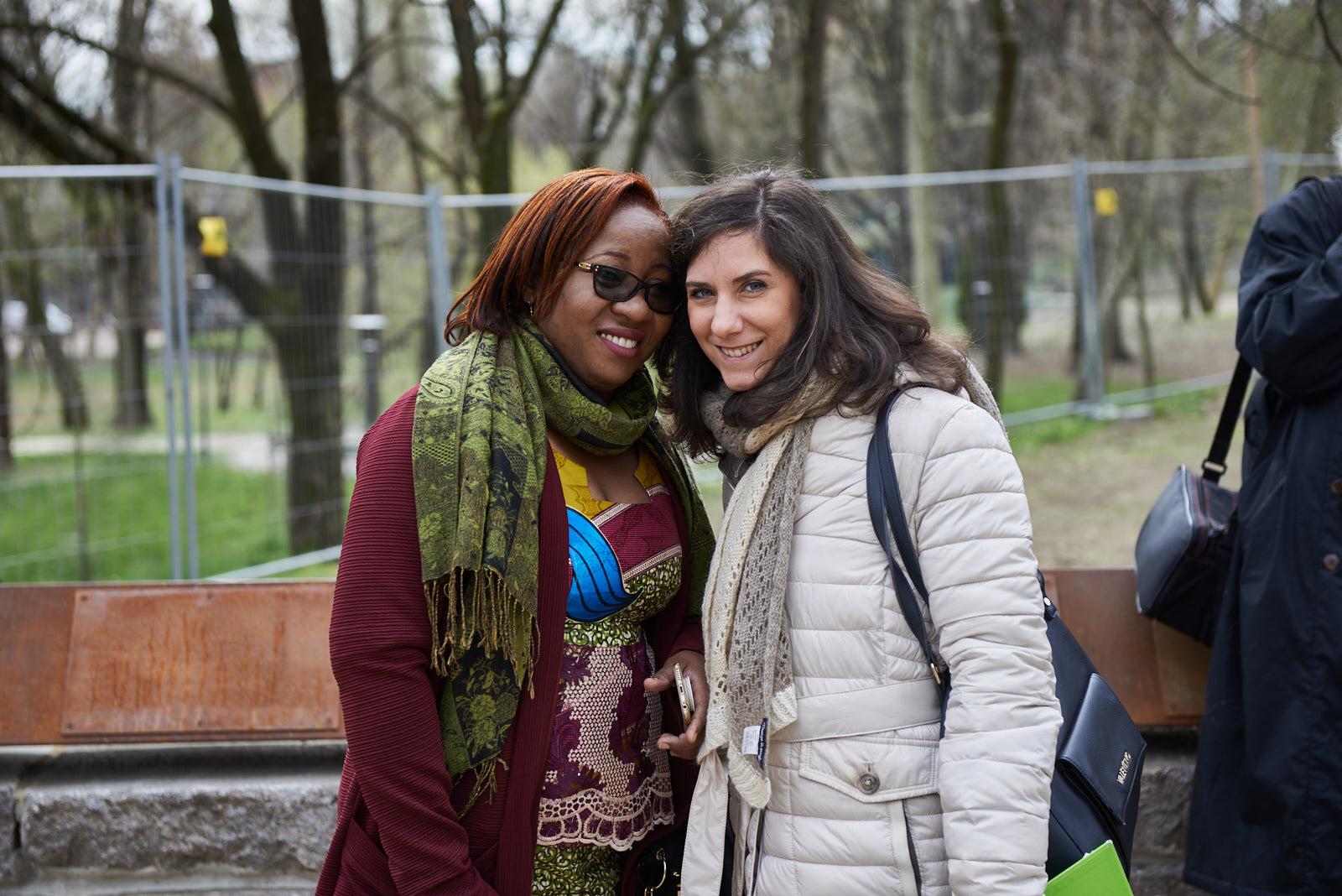 Christine Amisi con Martina Landi