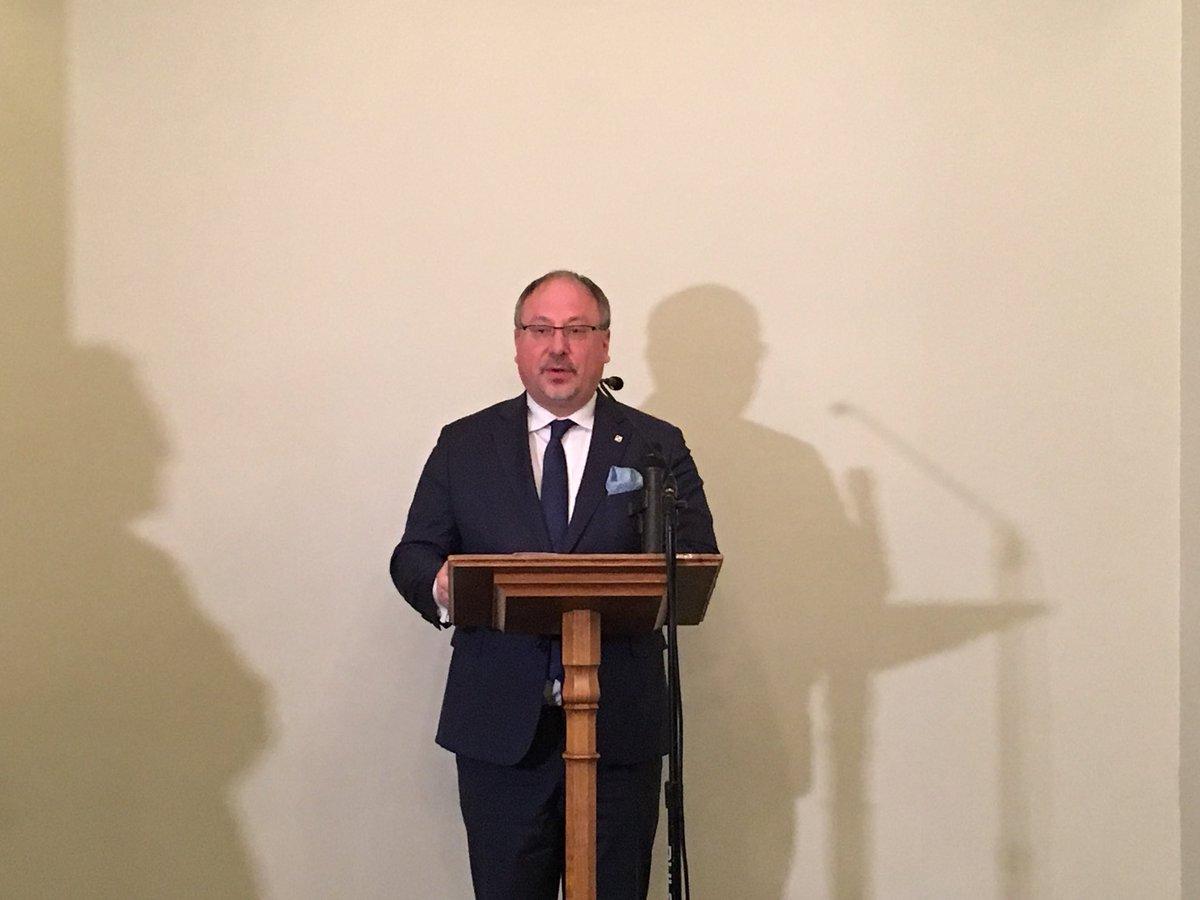 Arkady Rzegocki, ambasciatore di Polonia a Londra apre le celebrazione nell'Houses of Parliament di Londra