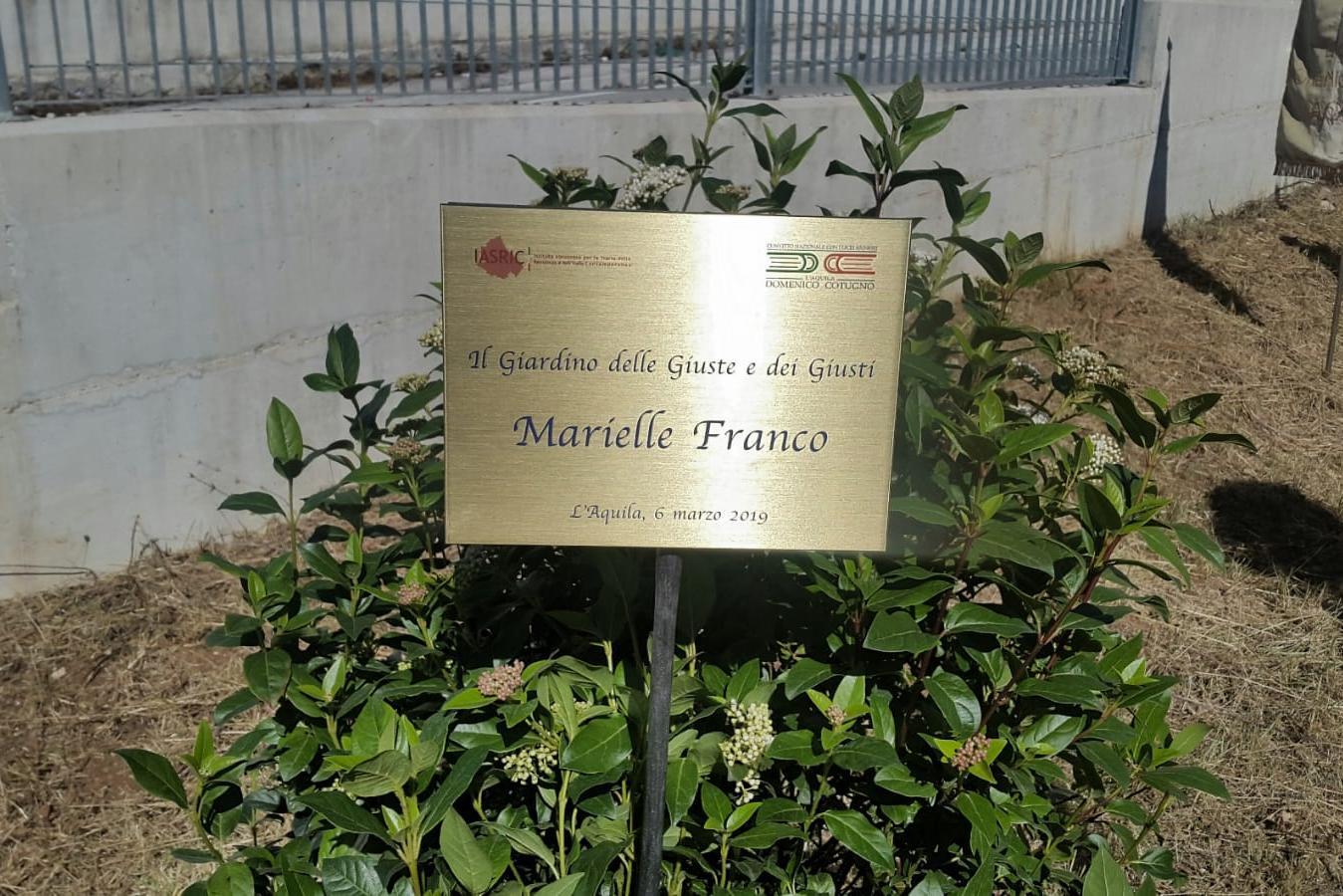 La targa per Marielle Franco