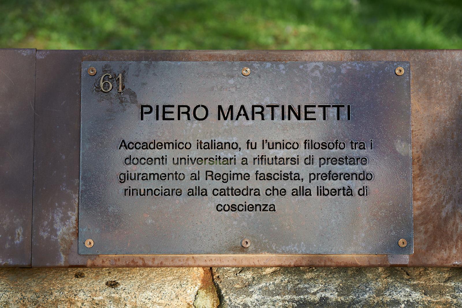 Targa dedicata a Piero Martinetti