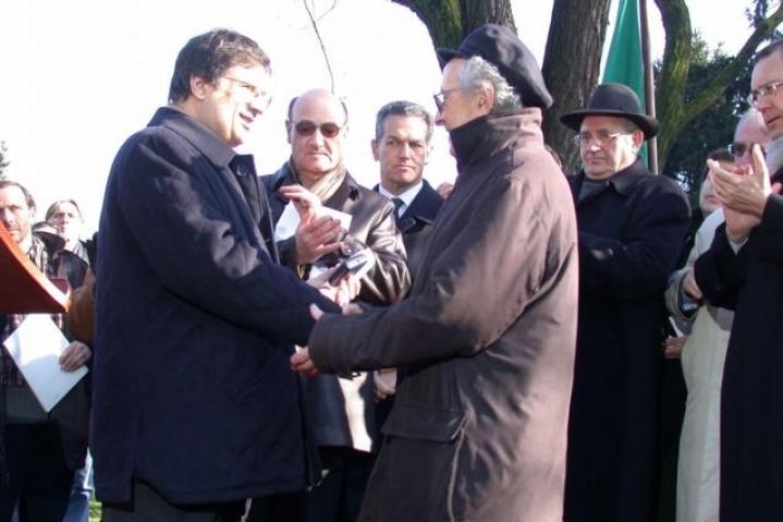 Il presidente Marra con Lucien Lazare in rappresentanza di Moshe Bejski