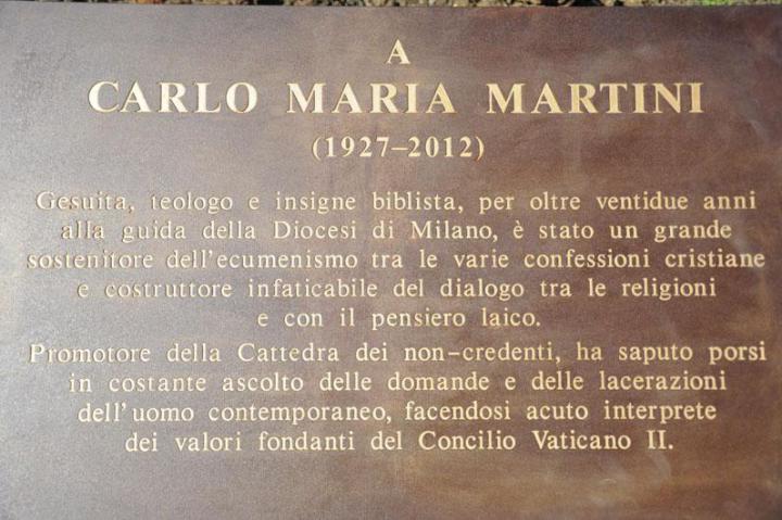 La targa in onore di Carlo Maria Martini