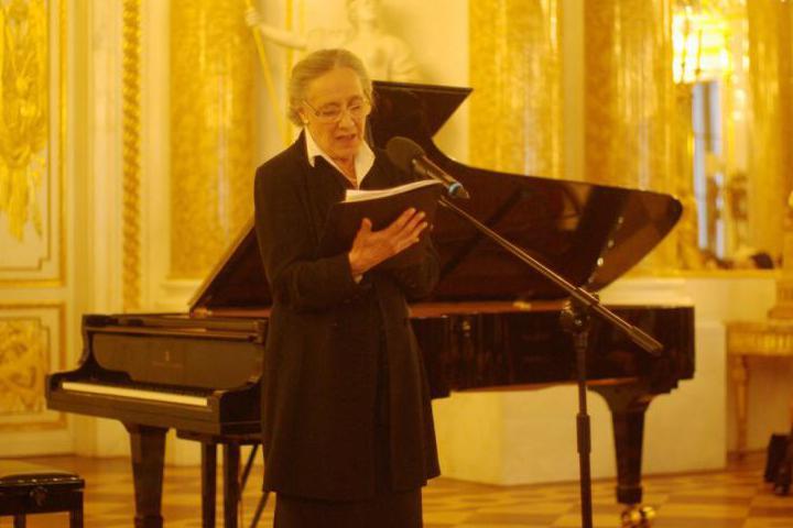 La celebre attrice Maja Komorowska, che durante la serata ha interpretato diverse letture (Foto di Henryk Pietkiewi)