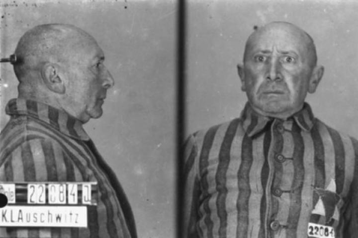 Il terrore nel volto di un deportato
