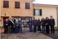Il Sindaco Claudio Mucilli e le altre autorità in posa davanti alla targa