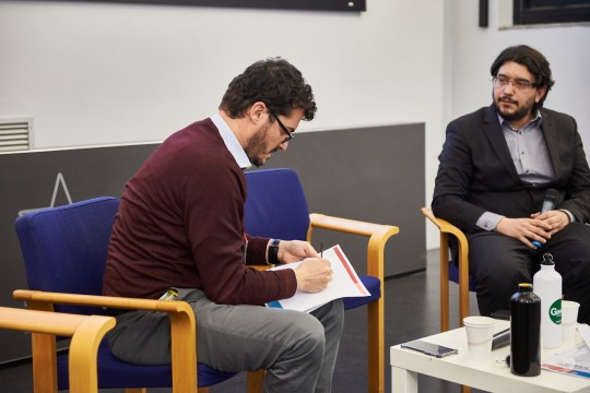 Emanuele Bompan firma la Carta delll'ambiente