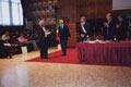 Ragip Zarakolou riceve il riconoscimento per la moglie Ayse Nur