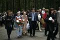 Corteo con i parenti delle vittime all'ingresso di Levashovo