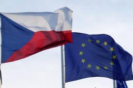 Bandiera ceca e dell'Unione europea