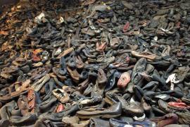 Cumulo di scarpe dei deportati