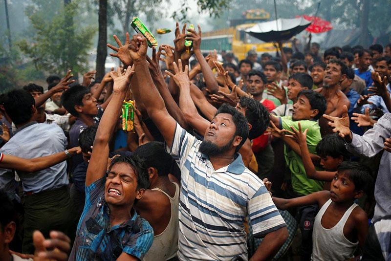 Rifugiati Rohingya nel campo di Cox's Bazar, in Bangladesh.