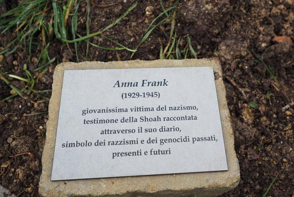 A Perugia una targa per Anna Frank