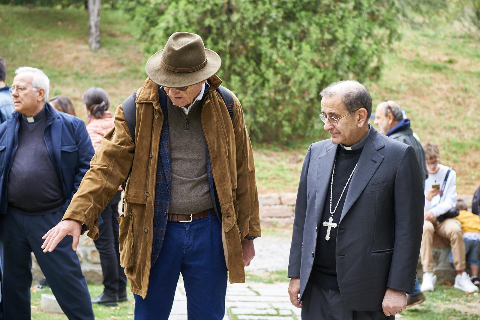 Delpini, arcivescovo di Milano, insieme a Gabriele Nissim, presidente di Gariwo