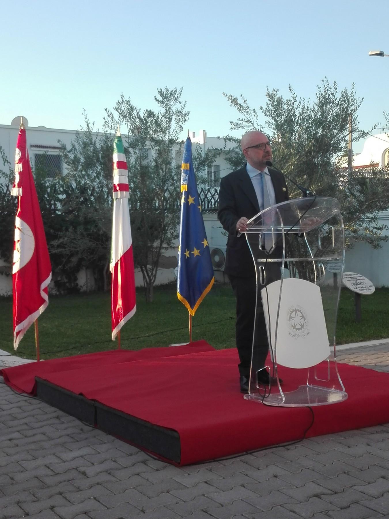 Lorenzo Fanara, Ambasciatore d'Italia a Tunisi